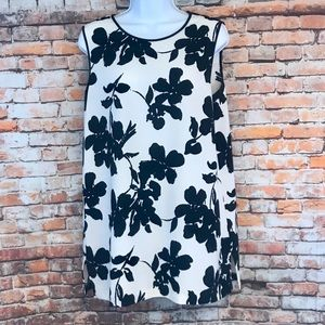 Vince Camuto White & Black Sleeveless Dress or Top